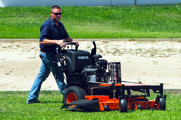 Kubota | Walk-Behind Mowers | WHF Series