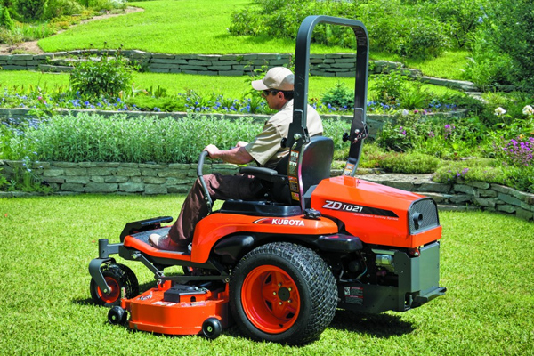 Kubota | Zero-Turn Mowers | ZD1000 Series