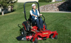 ZSR Razor Series Zero Turn Mowers
