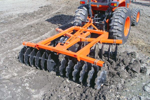 Land Pride | Dirtworking | DH25 Series Disc Harrows