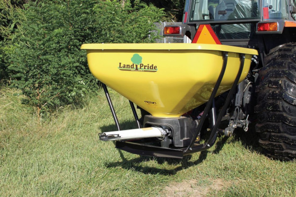 Land Pride | Dirtworking | PFS Series Spreaders