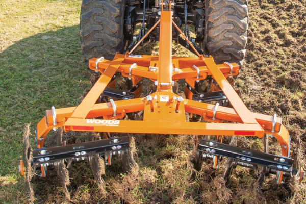 Woods | Disc Harrows | Model DHS48
