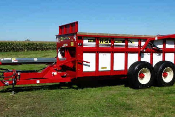 H&S | Hydraulic Push Manure Spreaders | Model Model HPH4155