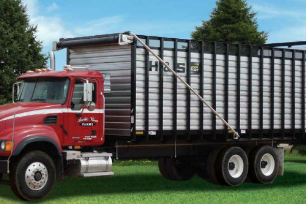 H&S | Wide Body Rear Unload Forage Boxes | Model 24'